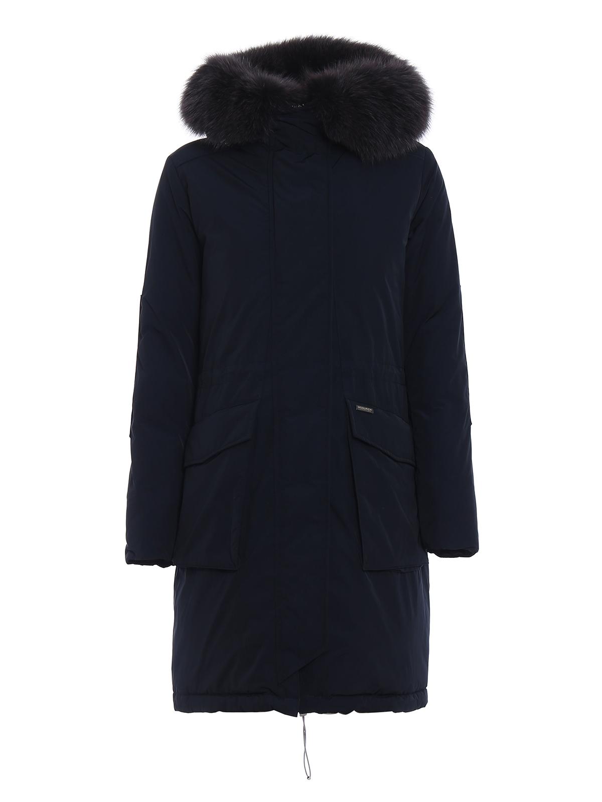 piumino military parka blu woolrich cappotti imbottiti. Black Bedroom Furniture Sets. Home Design Ideas